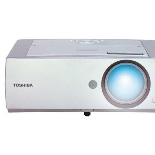 Toshiba TDP-T350 - távirányító nélkül
